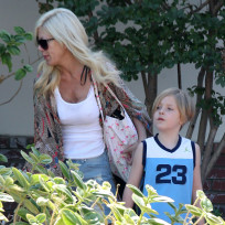 Tori Spelling, Liam McDermott Photo
