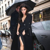 Kim Kardashian: Rain in Paris Photo