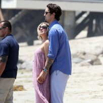 Kaley Cuoco and Ryan Sweeting Image