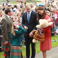 Kate middleton prince william greet guests