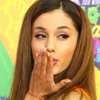 Ariana grande blows a kiss