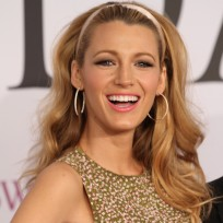 Blake-lively-at-fashion-awards