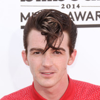 Drake-bell-red-carpet-image