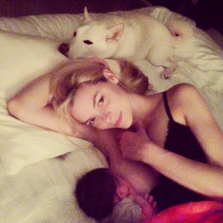 Jaime King Breastfeeding Pic