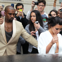 Kimye Enters a Car