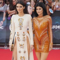 Kendall & Kylie Jenner at MuchMusic Awards 2014
