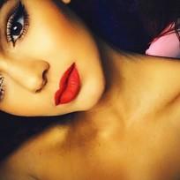 Kendall-jenner-topless-selfie