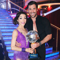Maksim-chmerkovskiy-and-meryl-davis-picture