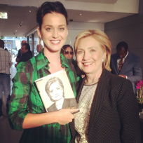 Katy-perry-and-hillary-clinton