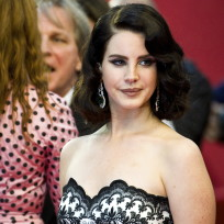 Lana del rey hot on the red carpet