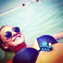 Hayden panettiere pregnant bikini photo