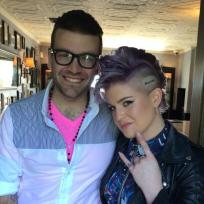 Kelly-osbourne-stories-tattoo