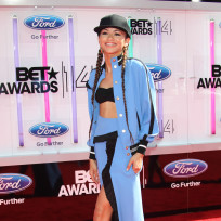 Zendaya-bet-awards-photo