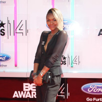 Elisa-johnson-bet-awards-photo