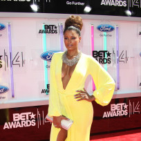 Claudia-jordan-bet-awards-photo