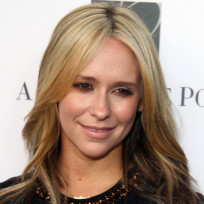 Jennifer-love-hewitt-as-a-blonde