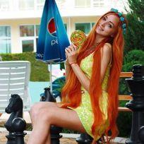 Alina kovalevskaya red hair
