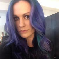 Anna-paquin-with-purple-hair