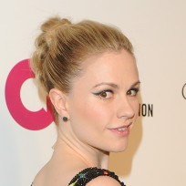 Anna-paquin-red-carpet-pic