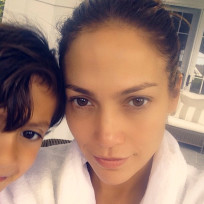 Jennifer-lopez-with-no-makeup