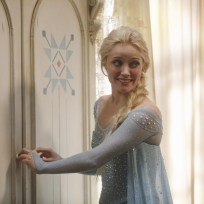 Queen-elsa-on-once-upon-a-time