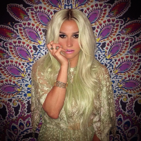 Kesha-green-hair-photo