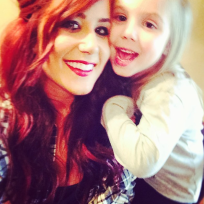 Chelsea-houska-and-daughter
