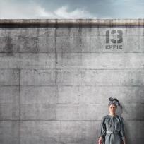 Elizabeth Banks as Effie
