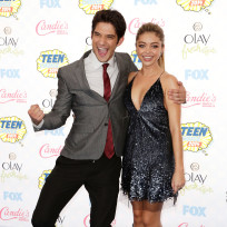 Tyler-posey-and-sarah-hyland