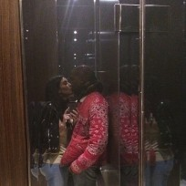 Elevator-kiss