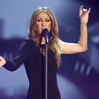 Celine-dion-on-stage