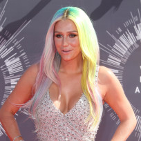Kesha-at-the-2014-vmas