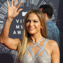 Jennifer-lopez-at-the-2014-vmas