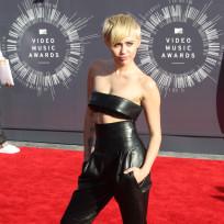 Miley-cyrus-at-2014-vmas