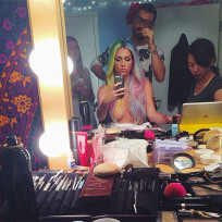 Kesha-topless-photo