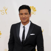 Mario-lopez-at-the-emmys