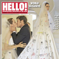 Angelina jolie and brad pitt wedding photo