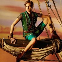 Allison williams as peter pan