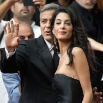 Amal-alamuddin-and-george-clooney-red-carpet-photo