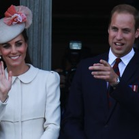 Kate-middleton-waving-to-fans