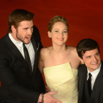 Jennifer lawrence liam hemsworth and josh hutcherson