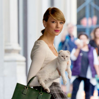 Taylor Swift and Cats: A Perfect Pairing