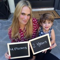 Molly sims baby announcement