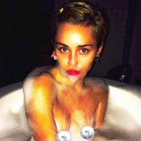 Miley cyrus in the bath