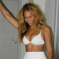 Beyonce posing in a bikini