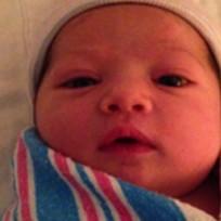 Ashton Kutcher, Mila Kunis Baby Photo!