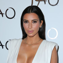 Kim kardashian and her big breasts