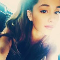 Ariana instagram