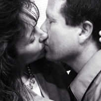 Jim Bob and Michelle Duggar Kiss