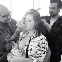 Alyssa milano breastfeeding photo